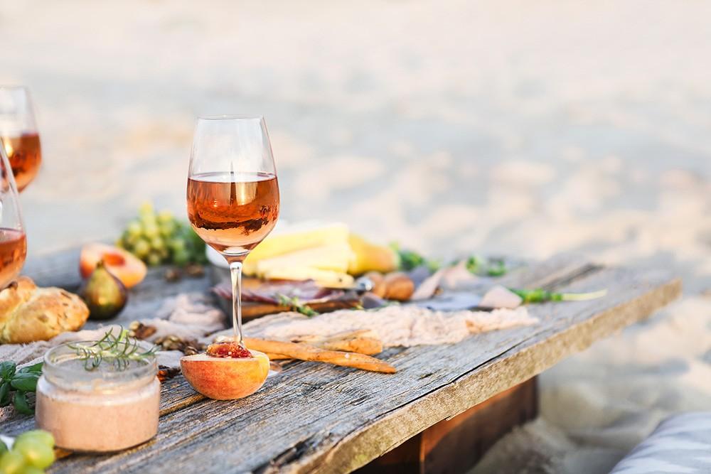 Grillen und Wein – die beste Begleitung für einen gelungenen Abend